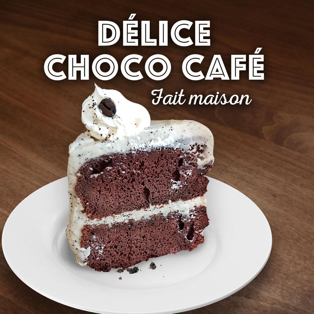 Gouter notre gâteau au chocolat et café fait maison. Un vrai délice!